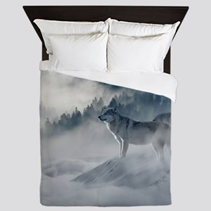 Beautiful Wolves In The Winter Queen Duvet